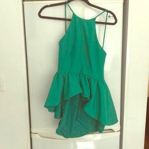 Cameo top in bright emerald